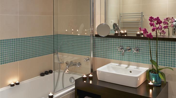 Praag, Hotel Red & Blue Design, Badkamer