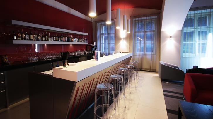 Praag, Hotel Red & Blue Design, Hotel bar