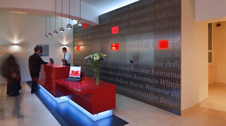 Praag, Hotel Red & Blue Design, Receptie