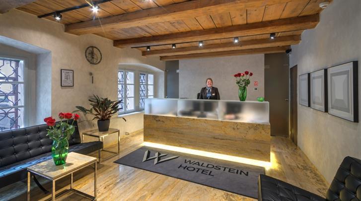 Praag, Hotel Waldstein, Receptie