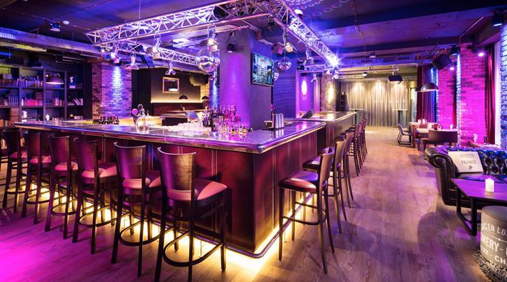 Praag, pentahotel Prague, Hotel bar