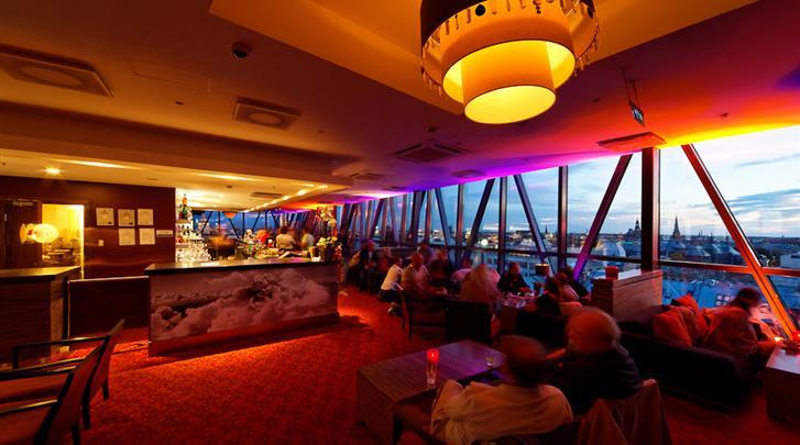 Riga, Hotel Albert, Hotel bar