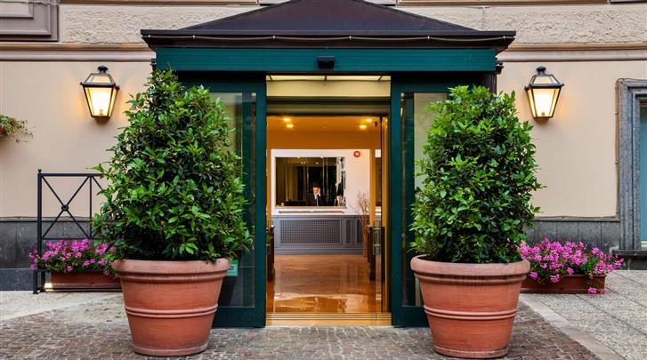 Rome, Hotel Buenos Aires, Façade hotel