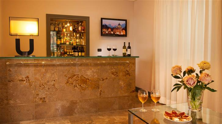 Rome, Hotel Buenos Aires, Hotel bar