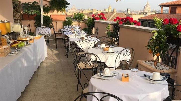Rome, Hotel Concordia, Terras