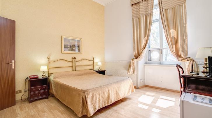 Rome, Hotel d'Este