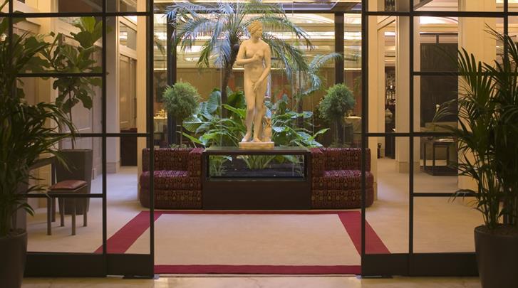 Rome, Hotel Dei Borgognoni, Lobby