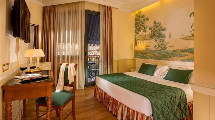 Rome, Hotel Donna Laura Palace, Standaard kamer