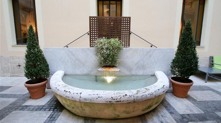 Rome, Hotel Empire Palace, Façade hotel