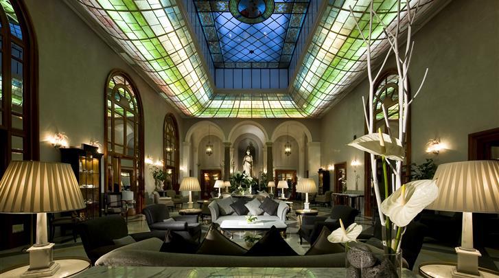 Rome, Hotel GH de la Minerve, Lobby