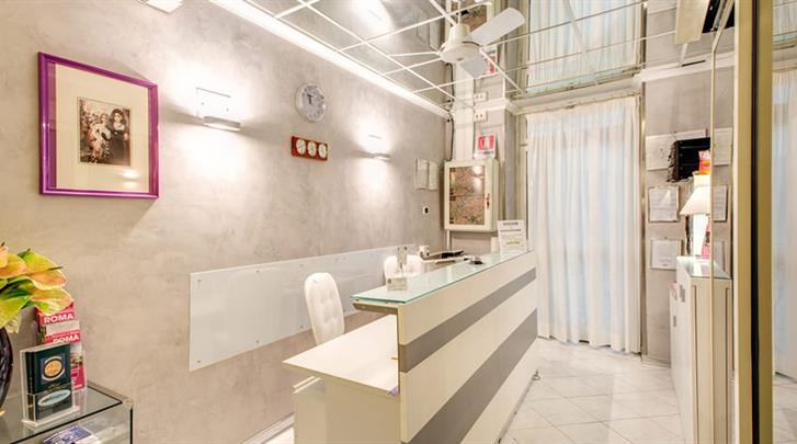 Rome, Hotel Giotto Flavia, Receptie