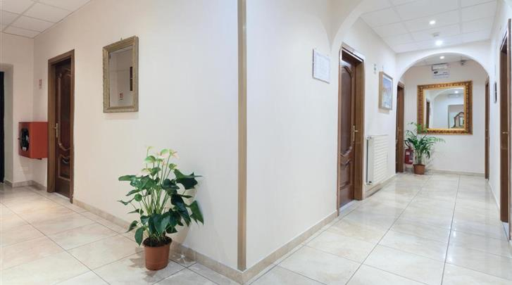 Rome, Hotel Oriente, Gang