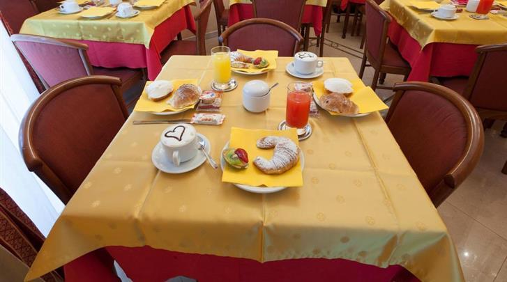Rome, Hotel Oriente, Ontbijt