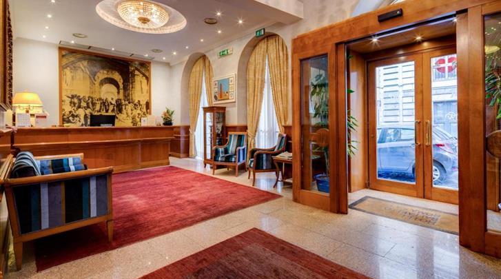 Rome, Hotel Raffaello, Receptie