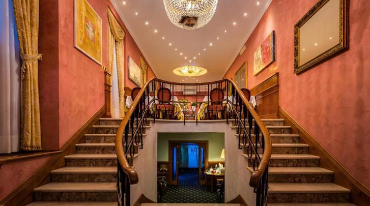 Rome, Hotel Raffaello, Trappenhuis