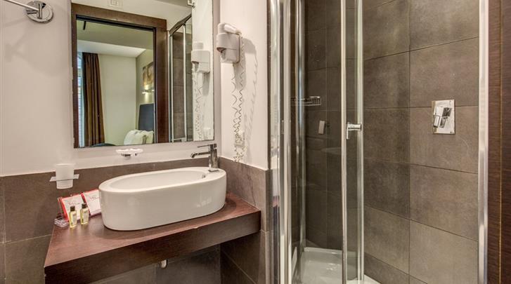 Rome, Hotel Rinascimento, Badkamer