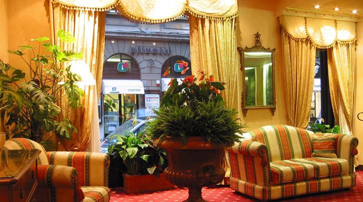 Rome, Hotel Sistina, Lobby