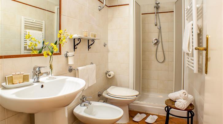 Rome, Hotel Sole Roma, Badkamer