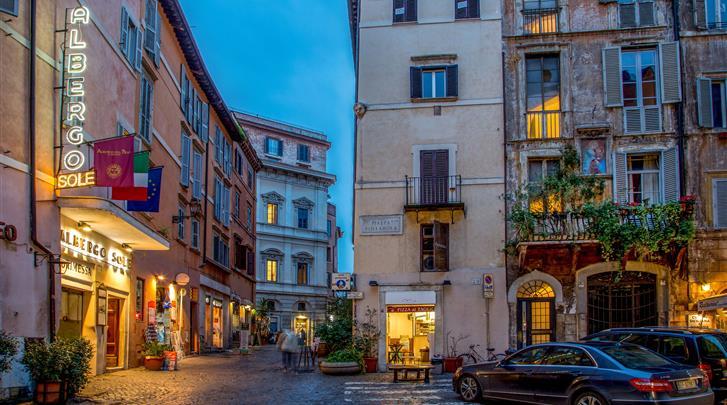 Rome, Hotel Sole Roma, Façade hotel