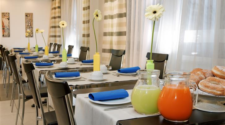Rome, Hotel St. Peter Cardinal, Restaurant