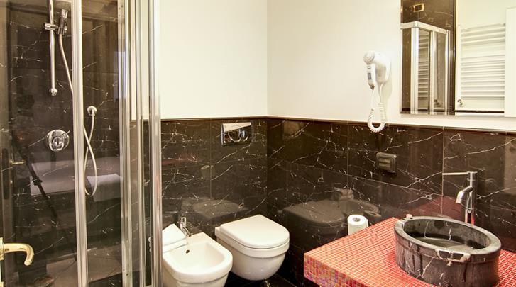 Rome, Hotel Taormina, Badkamer