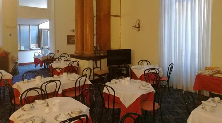 Rome, Hotel Villa delle Rose, Ontbijtruimte