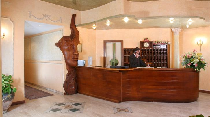 Rome, Hotel Villa Rosa, Receptie