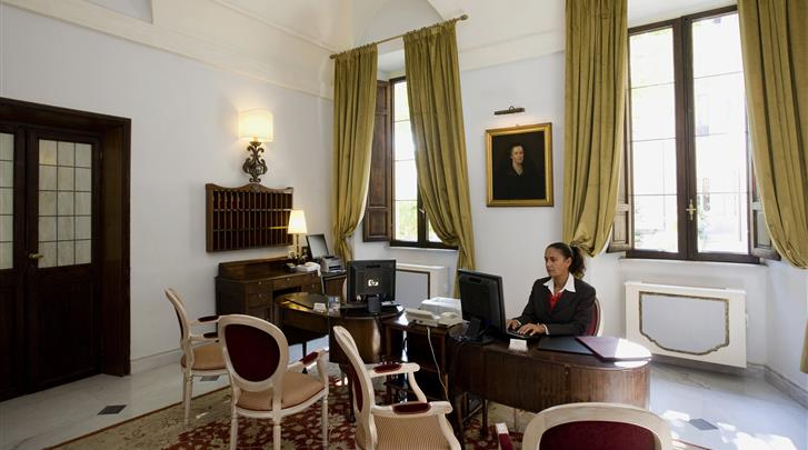Rome, Hotel VOI Donna Camilla Savelli, Receptie