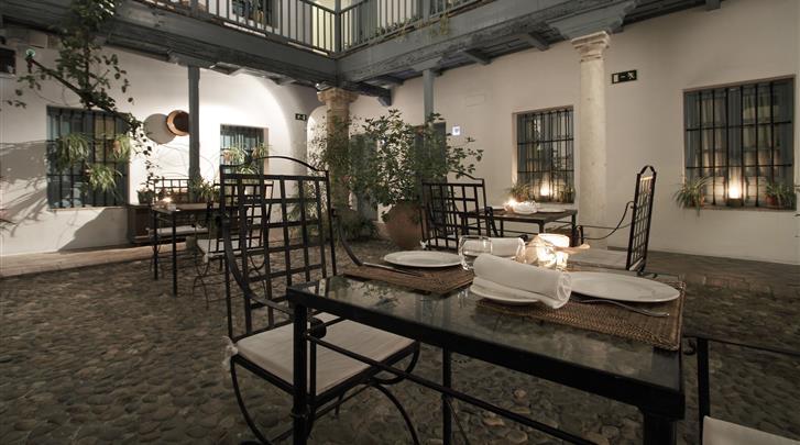 Sevilla, Hotel Las Casas del Rey de Baeza, Patio
