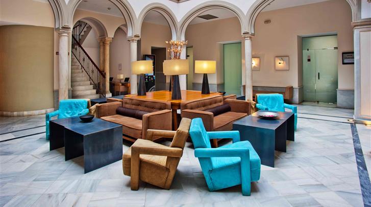 Sevilla, Hotel Petit Palace Marques Santa Ana, Patio lounge