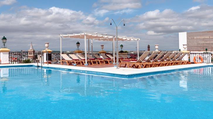 Sevilla, Hotel Sevilla Macarena, Zwembad