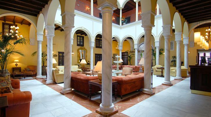 Sevilla, Hotel Vincci La Rabida, Patio