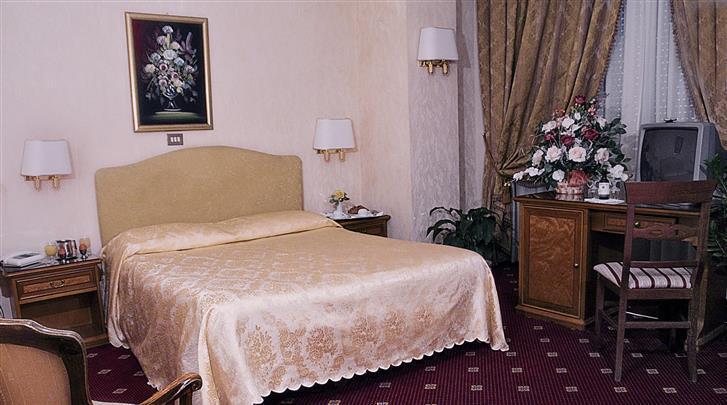 Rome, Hotel Bled, Standaard kamer