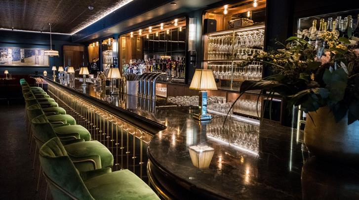 Stockholm, Hotel Rival, Watson's Bar
