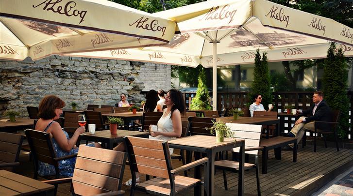 Tallinn, Hotel St. Barbara, Zomerterras