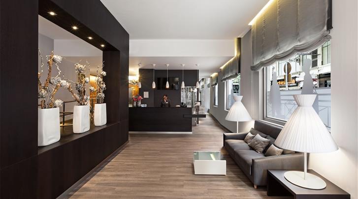 Valencia, Hotel Catalonia Excelsior, Receptie