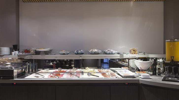 Valencia, Hotel Dimar Atiram, Ontbijtbuffet