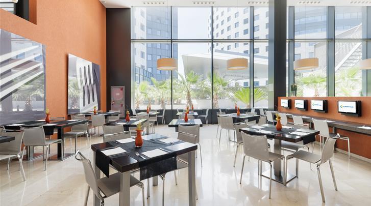 Valencia, Hotel Ilunion Aqua 3, Restaurant