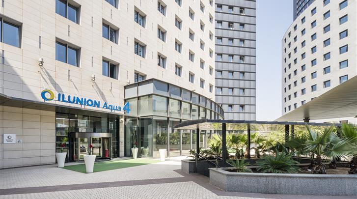 Valencia, Hotel Ilunion Aqua 4, Façade hotel