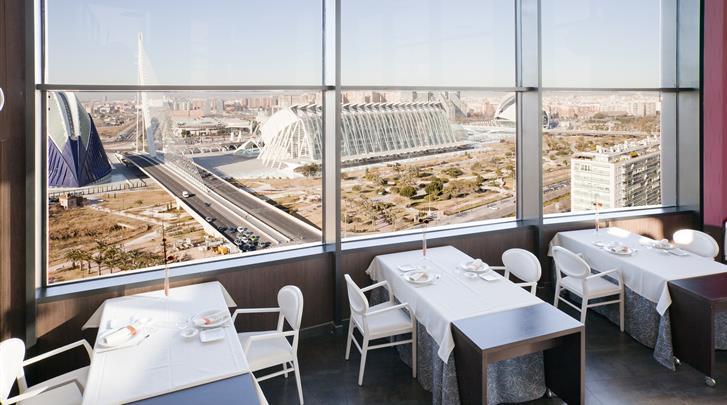 Valencia, Hotel Ilunion Aqua 4, Restaurant