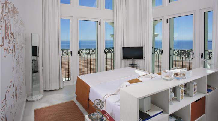 Valencia, Hotel Las Arenas Balneario Resort, Suite zeezicht