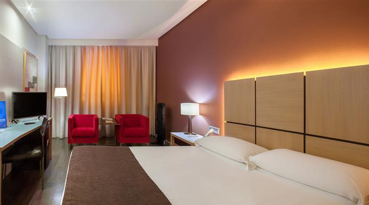 Valencia, Hotel Silken Puerta Valencia, Standaard kamer