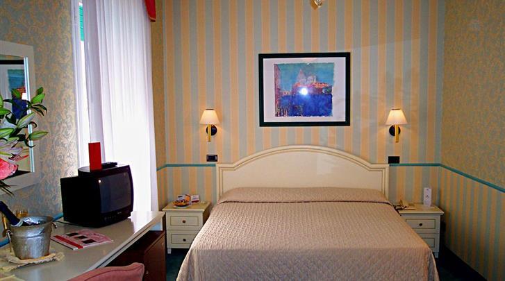 Venetië, Hotel Carlton Capri, Standaard kamer