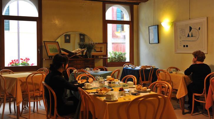Venetië, Hotel Locanda Silva, Ontbijtruimte