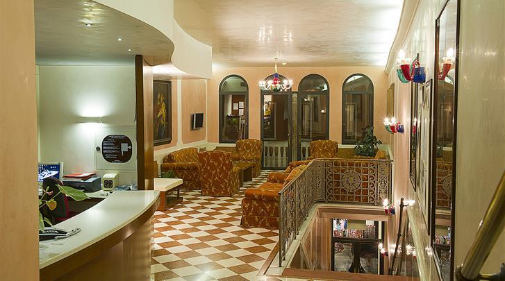 Venetië, Hotel Nazionale, Receptie