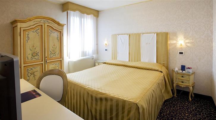 Venetië, Hotel Principe, Standaard kamer