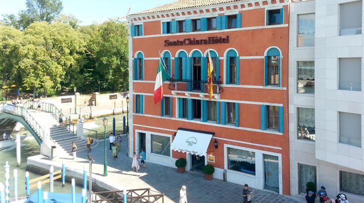 Venetië, Hotel Santa Chiara, Façade hotel