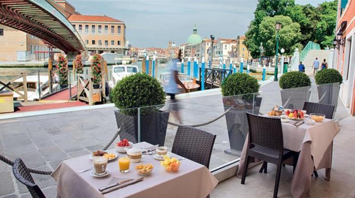 Venetië, Hotel Santa Chiara, Ontbijtruimte