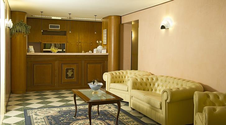 Venetië, Hotel Spagna, Receptie