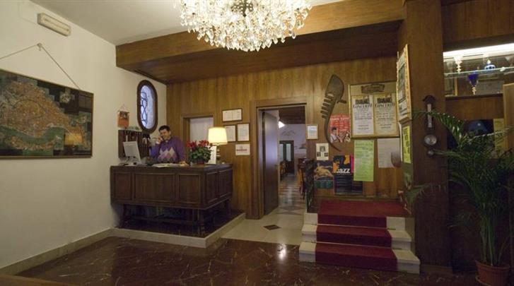 Venetië, Hotel Tivoli (VCE), Receptie